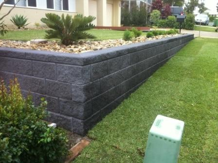 Retaining walls sleepers link blocks landscapers Garden wall color ideas