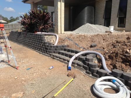 Retaining wall - drainage